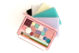 The palettes come in several different colors.